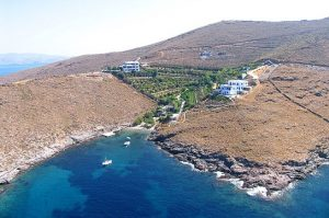 Η Κύθνος Η Κύθνος Trivlaka Beach 1 Sailing Kythnos Cyclades Greece 300x199
