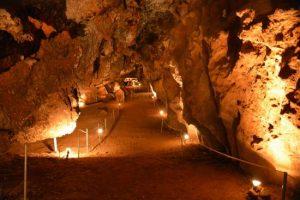Η Κύθνος Η Κύθνος katafyki cave 300x200